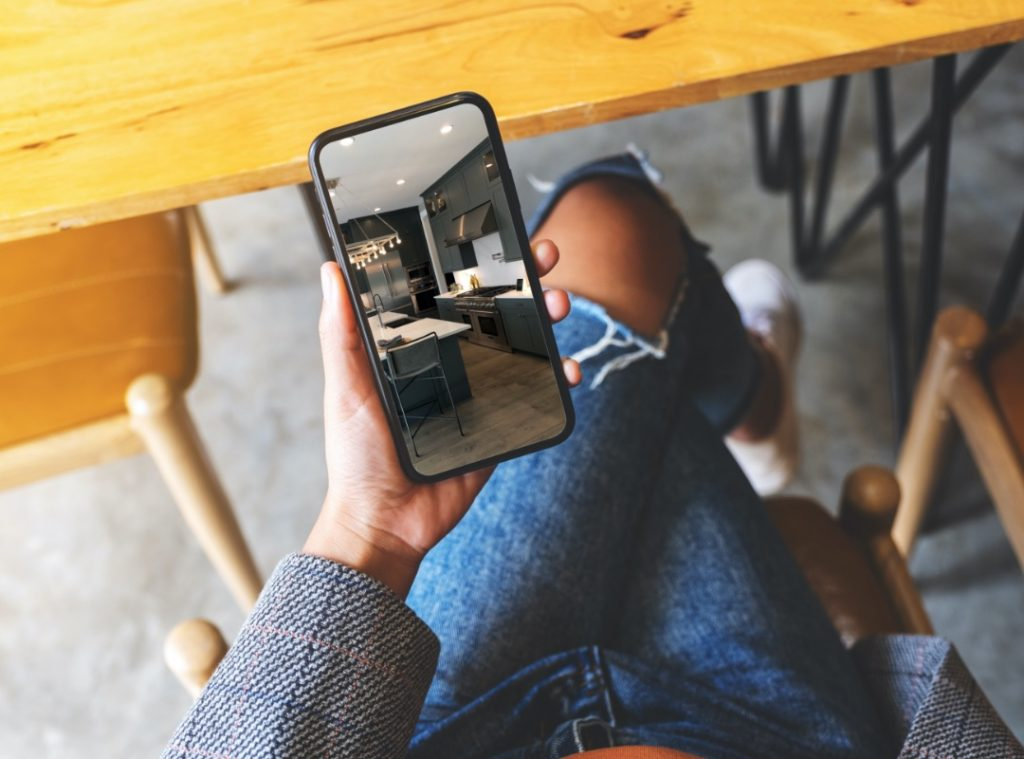 Social media and video tours
